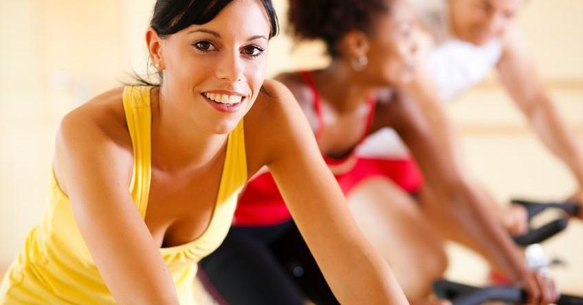 Fare sport aiuta il corpo e la mente,, migliora l'umore e l'autostima. Il fitness in palestra è un ottimo strumento anche per prevenire l'ansia e la depressione.