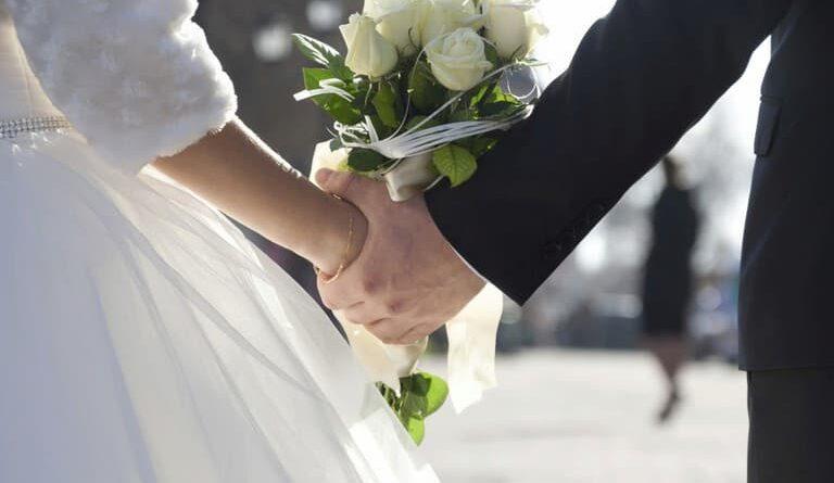 Come chiedere ai tarocchi se mi sposerò