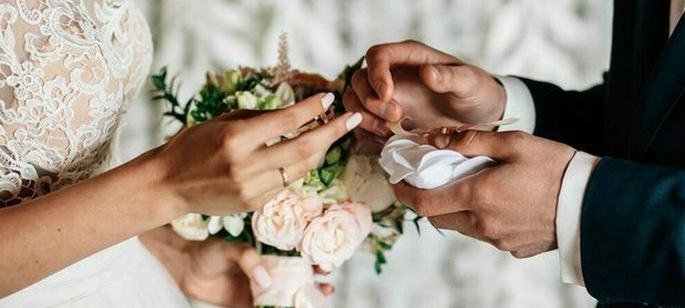 Riuscirò a sposarmi con la cartomanzia