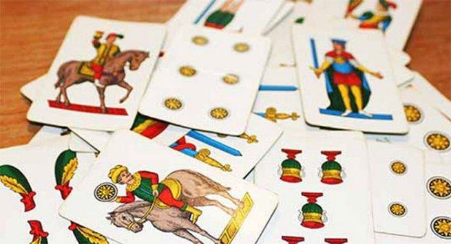 Leggere il futuro con le carte napoletane